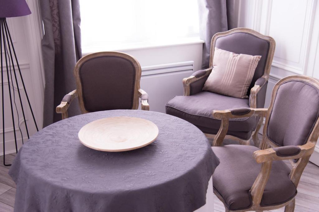 chic appart tourcoing prenotazione on line viamichelin. Black Bedroom Furniture Sets. Home Design Ideas