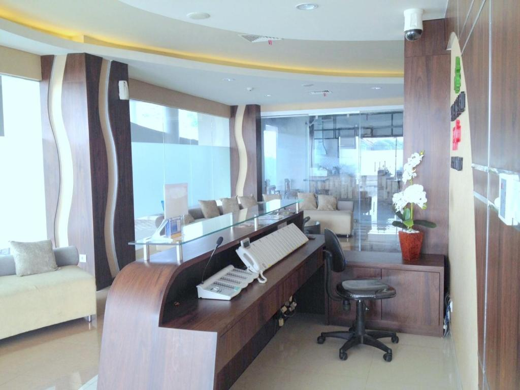 Best Western Papilio Hotel - Surabaya - book your hotel with ViaMichelin
