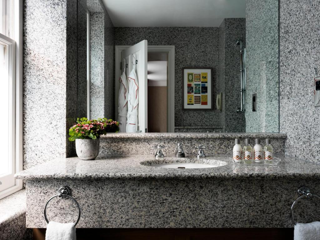 Number sixteen firmdale hotels london book your hotel - Number 16 hotel london ...