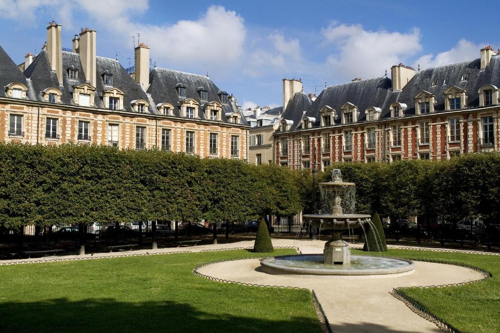 Le Pavillon De La Reine And Spa