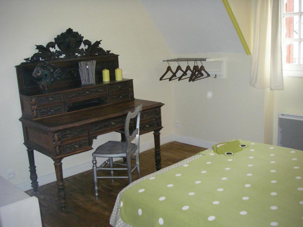 Chambre d 39 h tes la maison du neuilly chambre d 39 h tes le conquet - Chambres d hotes le conquet ...