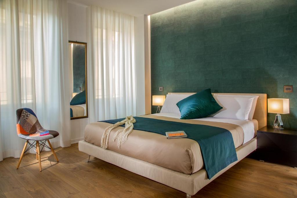 Rezultat iskanja slik za luxury beds with people