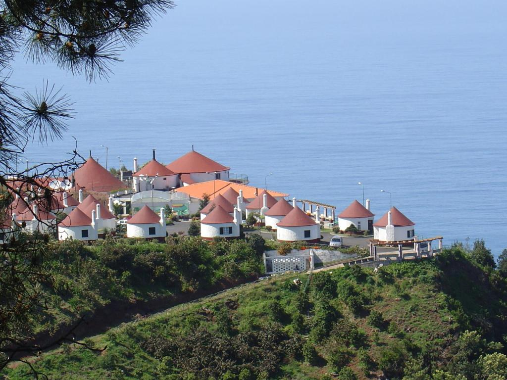 Cabanas sao jorge village santana prenotazione on line for Piani di progettazione cabana