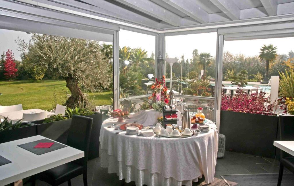 Amati 39 design hotel zola predosa viamichelin for Hotel amati bologna