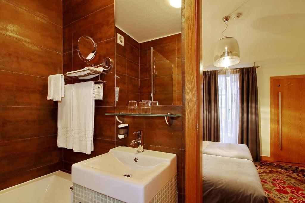 Hotel Mestre De Avis Guimaraes Portugal