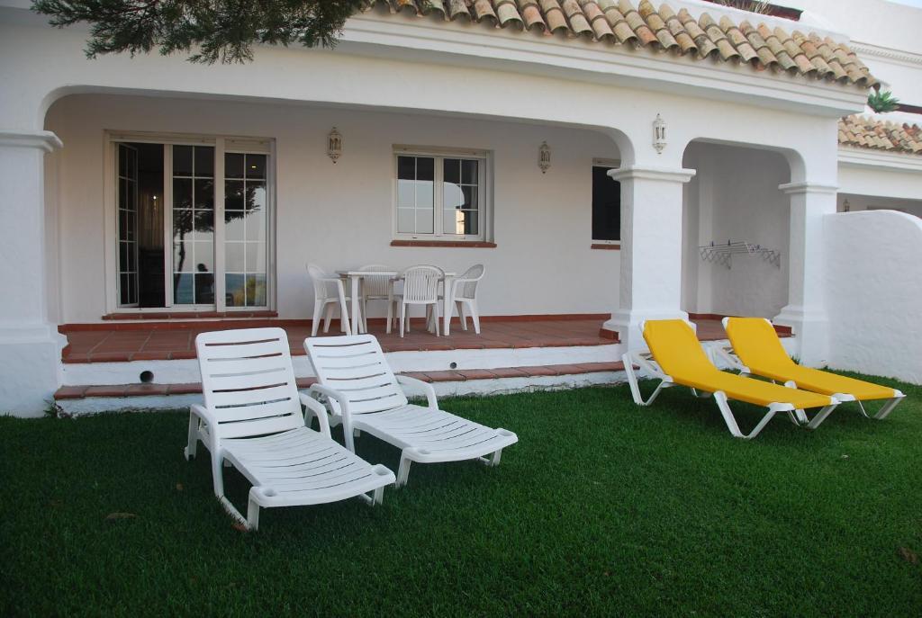 Villas flamenco beach conil conil de la frontera for Habitaciones familiares lisboa