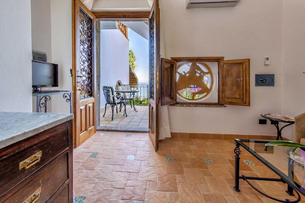 Hotel bel soggiorno taormina prenotazione on line for Albergo bel soggiorno