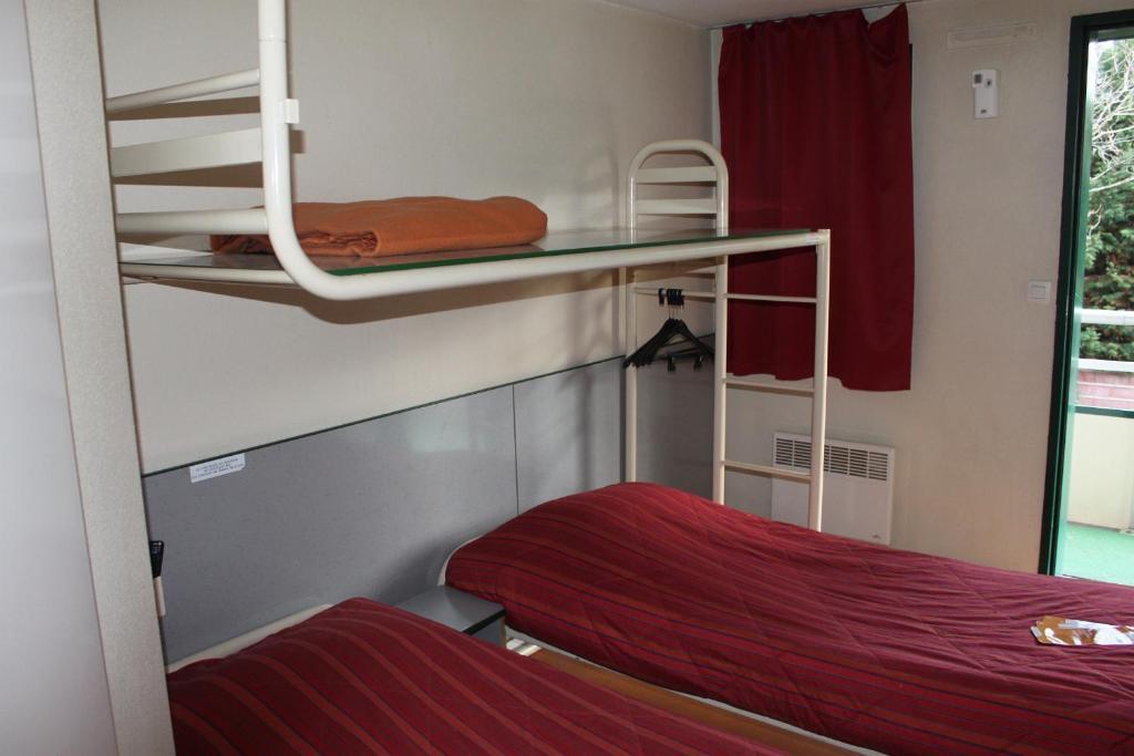 h tel premiere classe pamiers r servation gratuite sur viamichelin. Black Bedroom Furniture Sets. Home Design Ideas