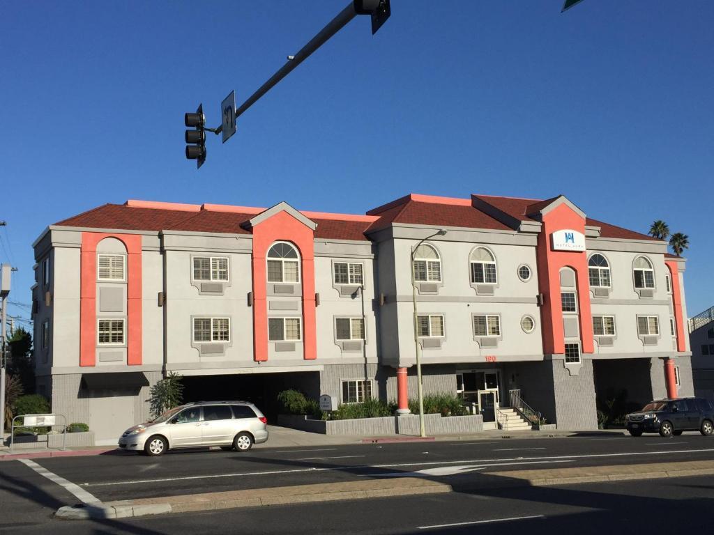 hotel aura san francisco airport in san bruno california. Black Bedroom Furniture Sets. Home Design Ideas