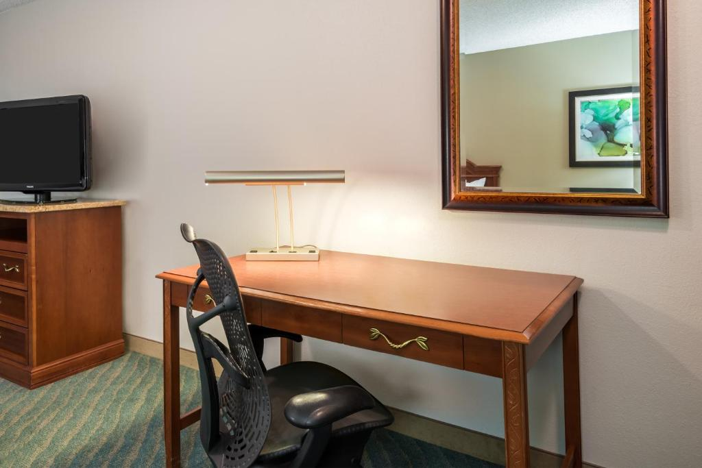 Hilton Garden Inn Orlando International Drive North Orlando Book Your Hotel With Viamichelin