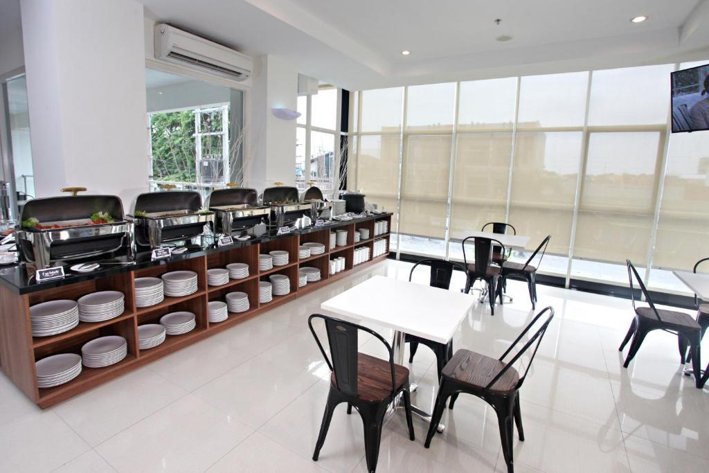 Hotels in Karang Pilang Hotelbuchung in Karang Pilang ViaMichelin