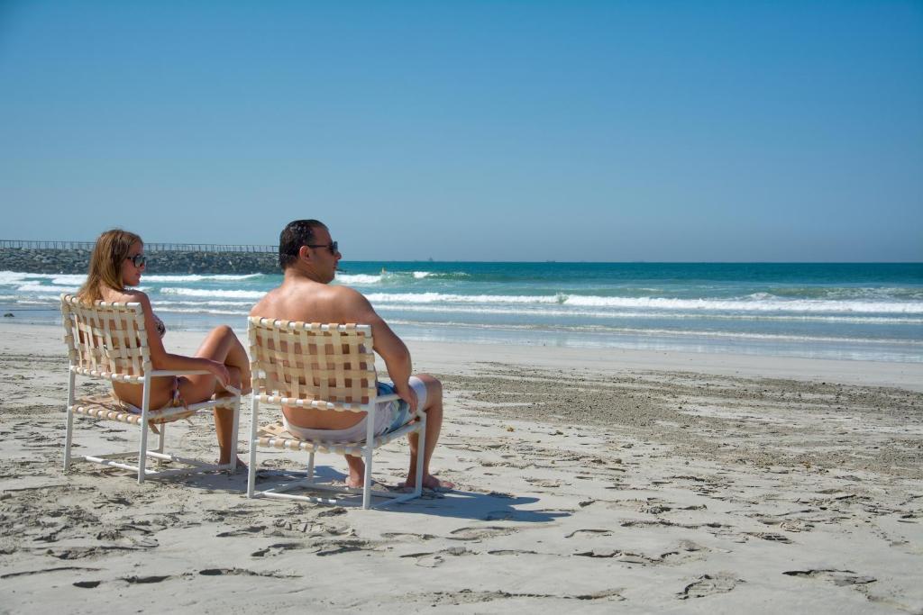 Ajman Beach Hotel Ajman Book Your Hotel With Viamichelin