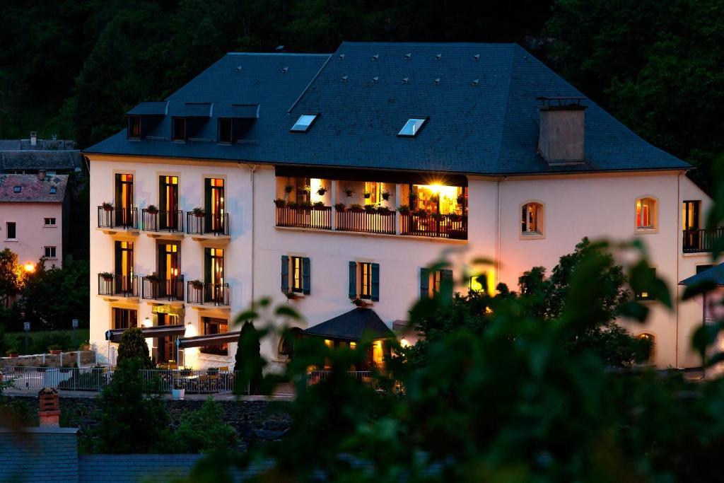 Hotel Restaurant Argeles Gazost