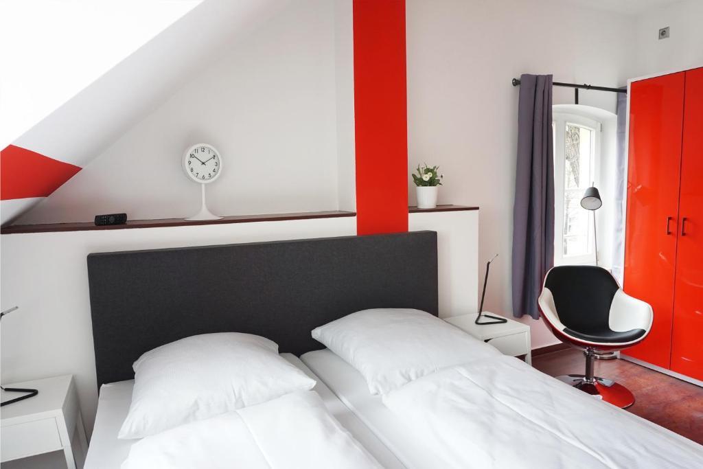 Hotel Berlin  Stunden Check In