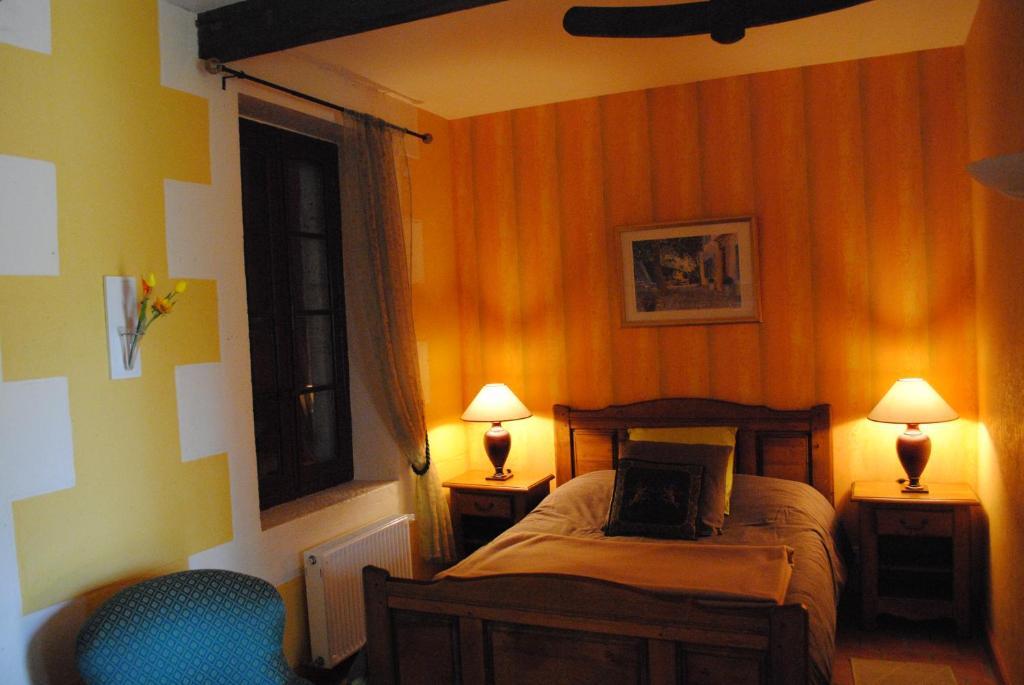 chambres d 39 h tes la tonnellerie chambre d 39 h tes ch teauneuf sur charente. Black Bedroom Furniture Sets. Home Design Ideas