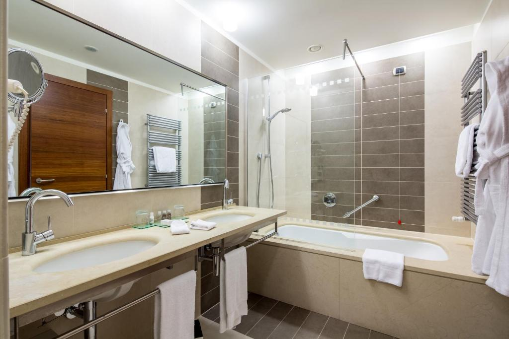 Bhr Treviso Hotel Via Postumia Castellana