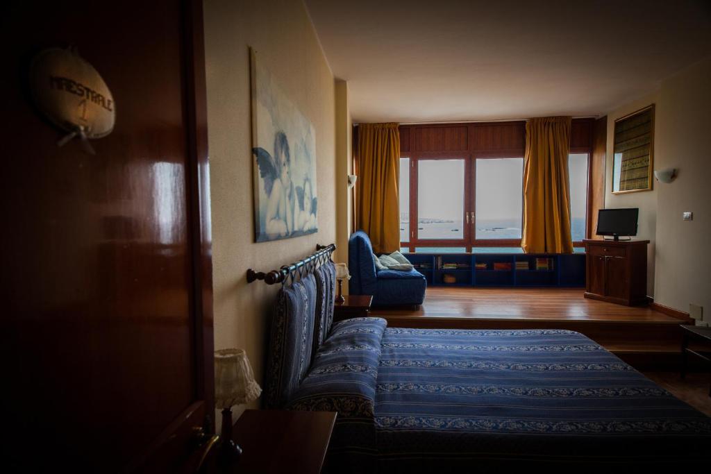 B b ortigia sea view siracusa reserva tu hotel con for Hotel ortigia con spa
