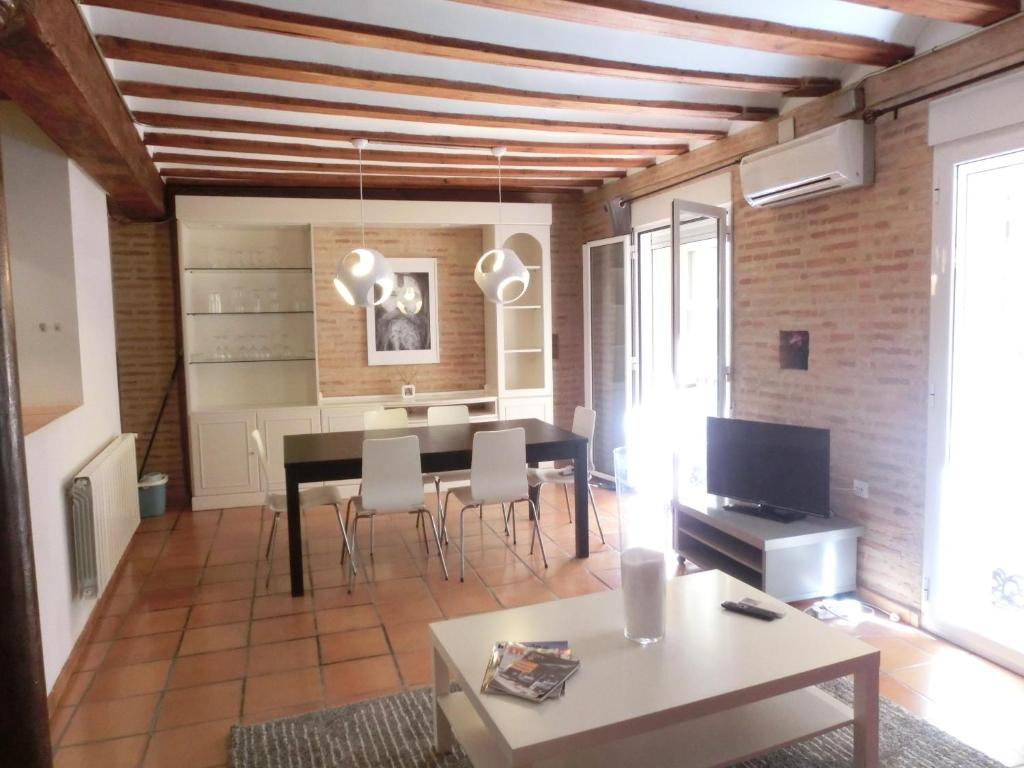 total valencia elegance appartements valence communaut valencienne espagne. Black Bedroom Furniture Sets. Home Design Ideas