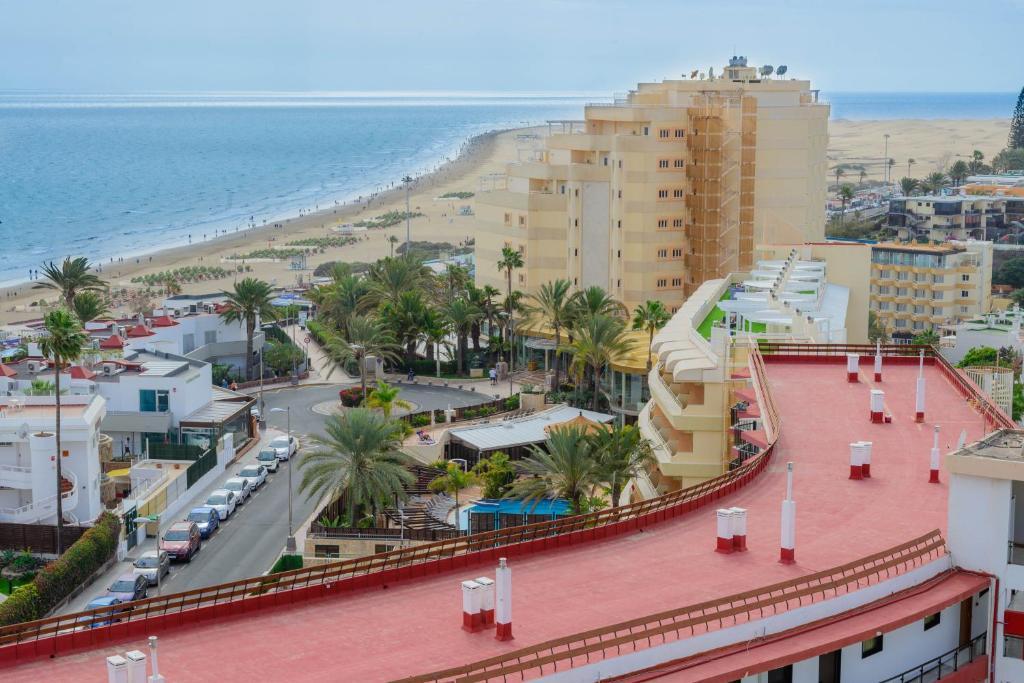 Apartamentos las arenas appartements playa del ingles - Apartamento las arenas playa del ingles ...