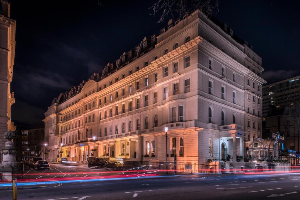 Corus Hotel   Lancaster Gate London W Lg