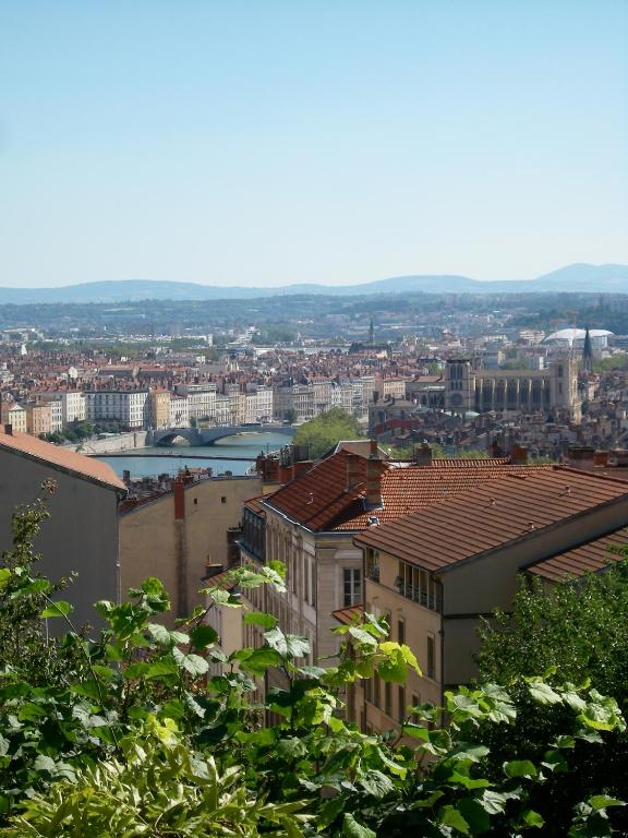 Lyon Hotels With Parking