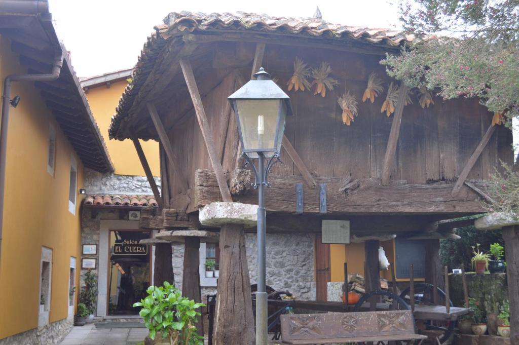 Apartamentos rurales l 39 arquera llanes book your hotel with viamichelin - Apartamentos rurales llanes ...