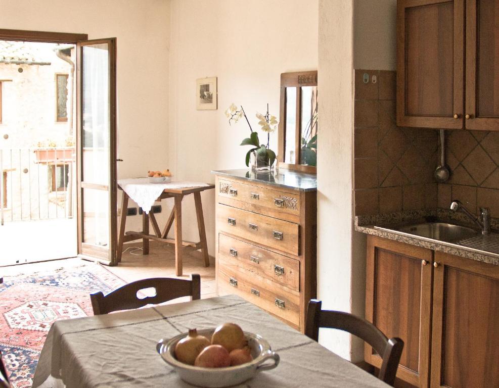 la meridiana terni online booking viamichelin. Black Bedroom Furniture Sets. Home Design Ideas