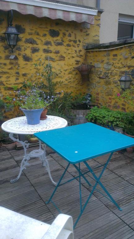 Maestra robinskaia r servation gratuite sur viamichelin - Petit jardin restaurant luxembourg le mans ...