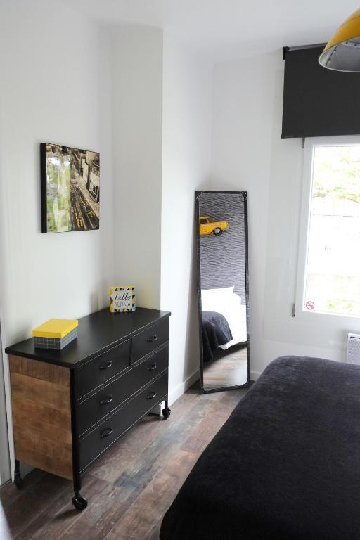 Dormir en ville r servation gratuite sur viamichelin for Dormir dans le salon
