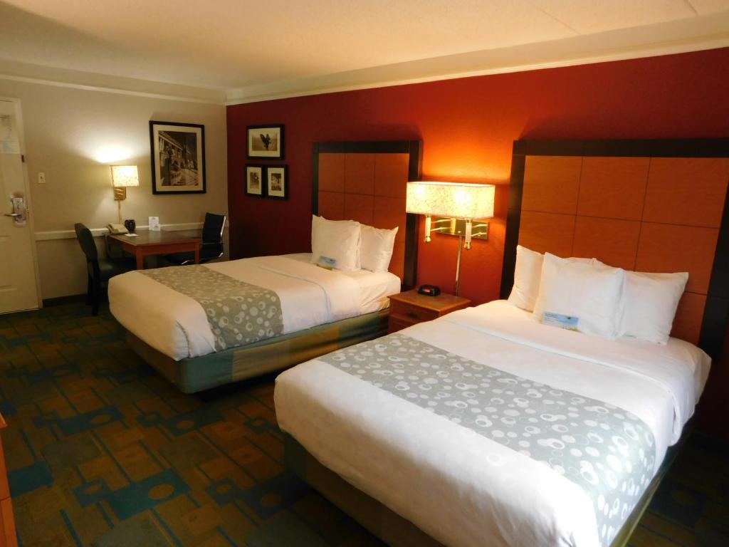 Golden Home (黃金之家) - Schaumburg - book your hotel with ViaMichelin