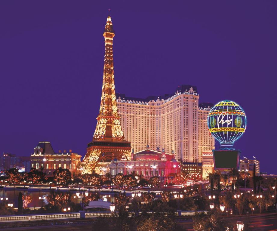 Booking Hotel Paris Las Vegas