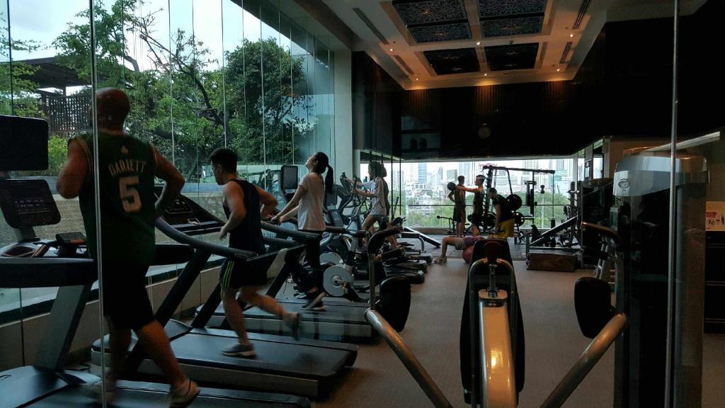 Bangkok Hotel Near BTS Skytrain | Courtyard by Marriott