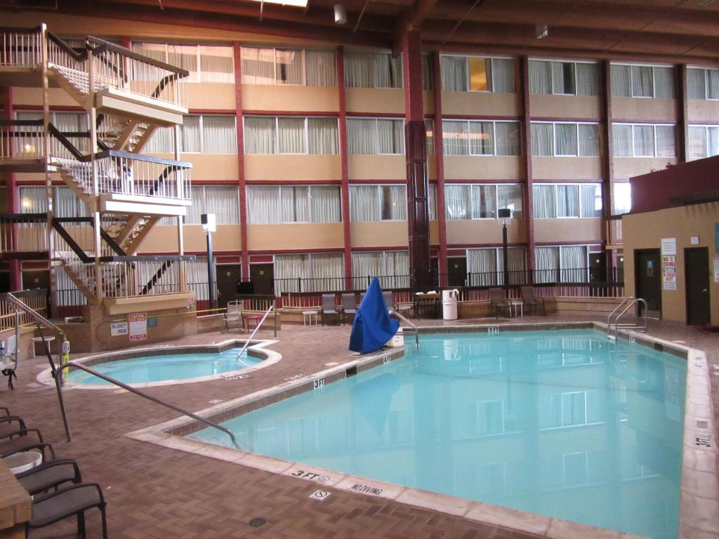 Dallas Airport Hotels >> Dfw Airport Hotel And Conference Center In Irving Texas 59