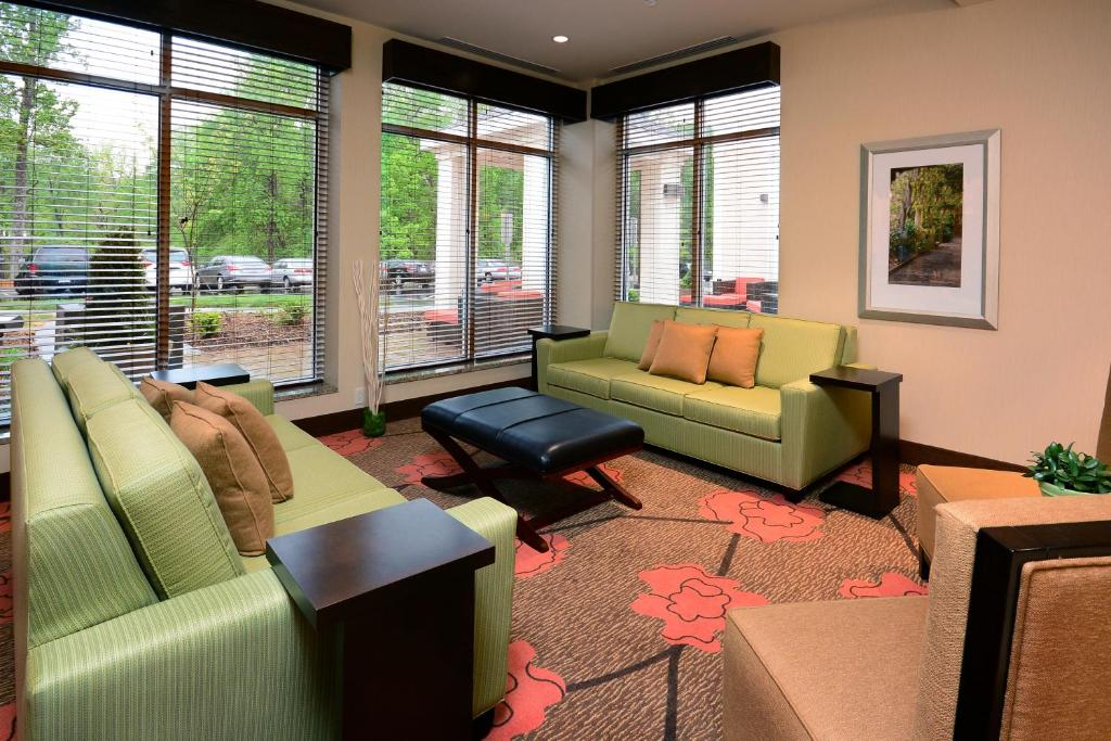 InTown Suites Greensboro Airport   Greensboro   Book Your Hotel With  ViaMichelin