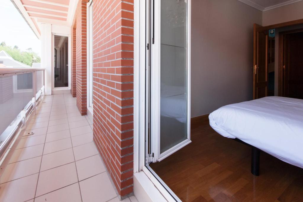 axular basque stay r servation gratuite sur viamichelin. Black Bedroom Furniture Sets. Home Design Ideas
