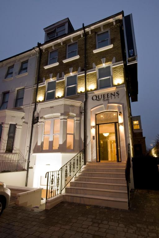 Queens Hotel London Seven Sisters Road