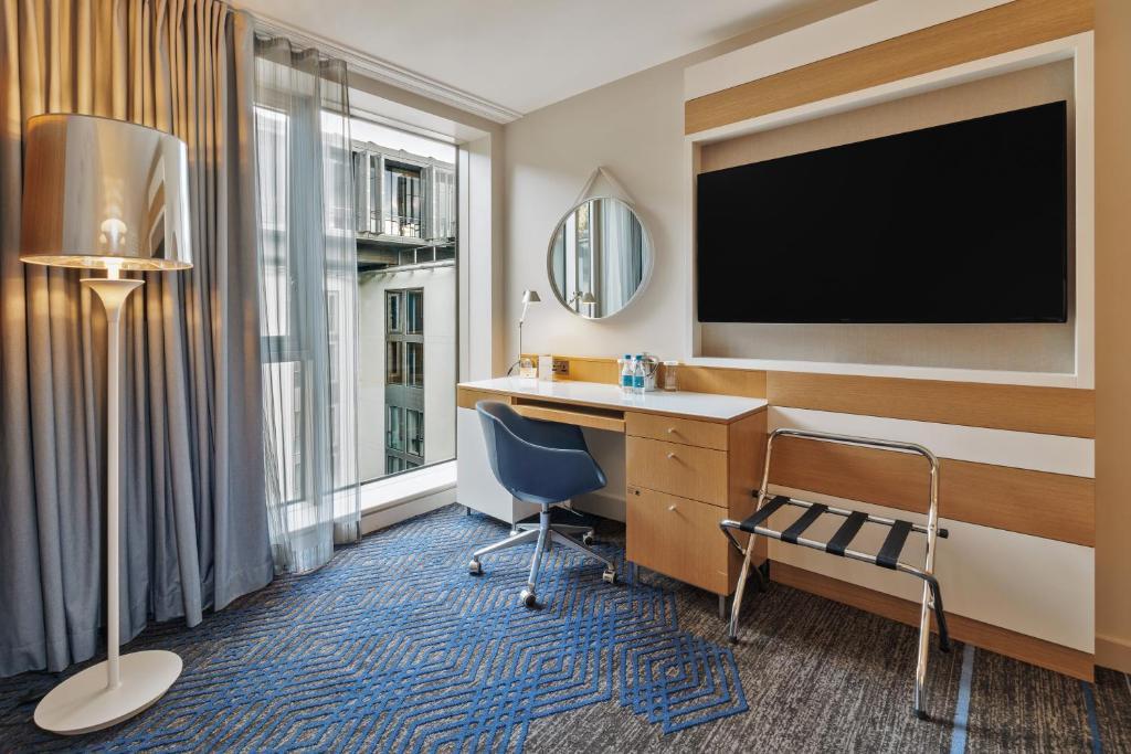 Hilton Doubletree Room Service Menu Uk