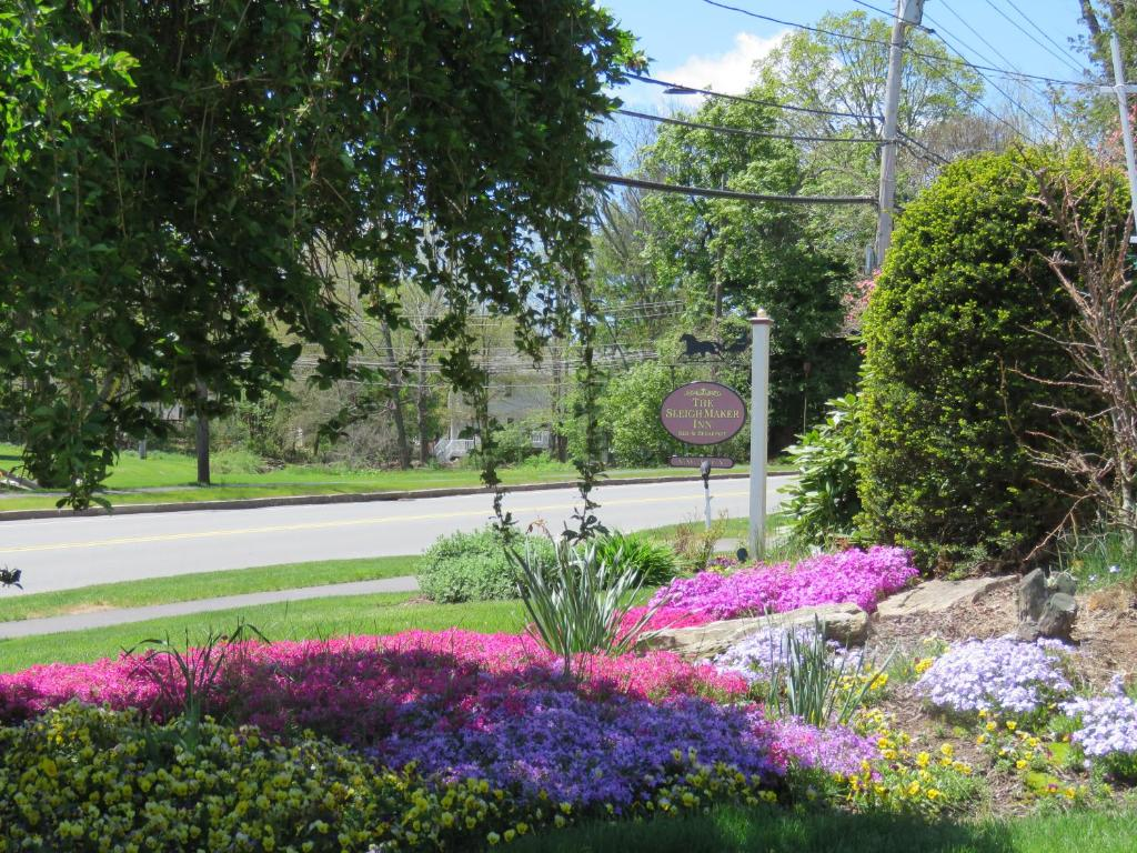 The Sleigh Maker Inn Bed And Breakfast Westborough Ma 01581