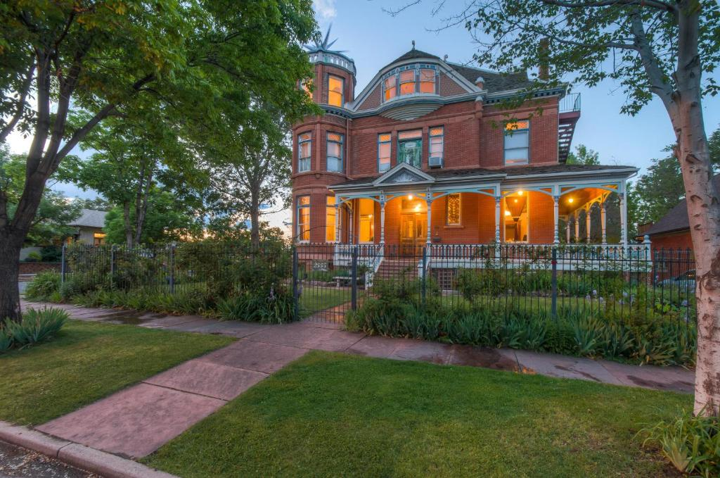 Lumber Baron Inn And Gardens Chambres D Hotes Denver
