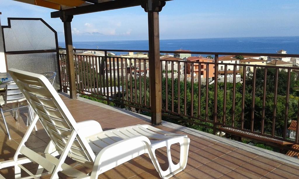 Arredo giardino orizzonte : Casa vacanza orizzonte case vacanze marina di camerota