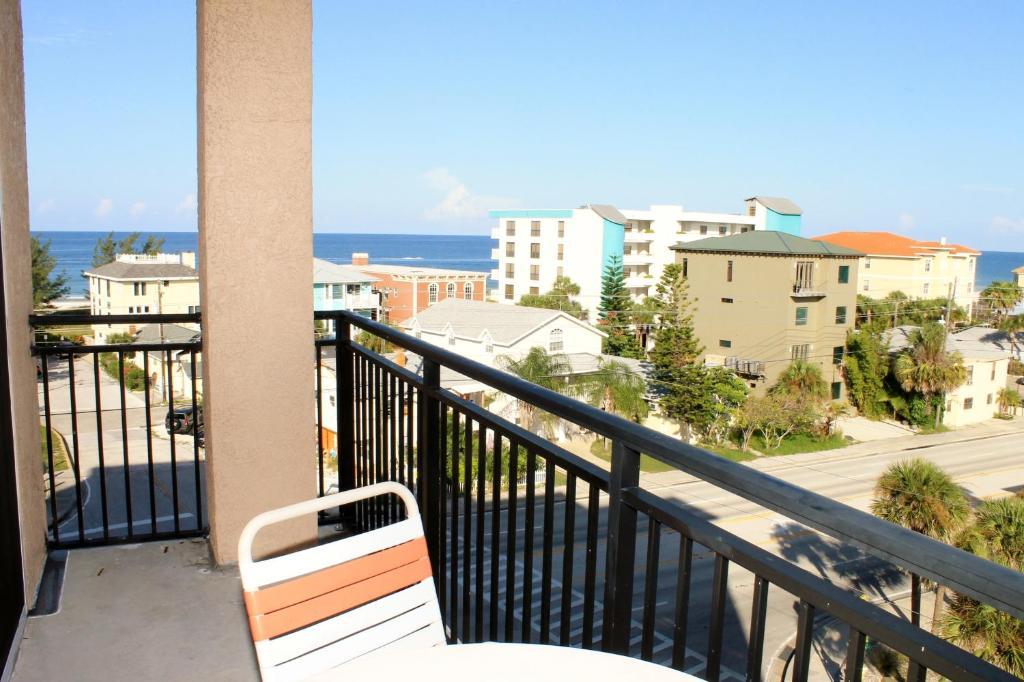 Madeira Bay Resort Spa 512 Apartment
