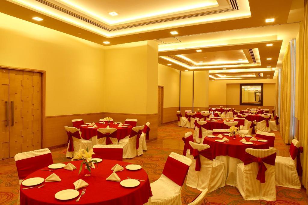 Metropolitan Hotel Delhi Rooms