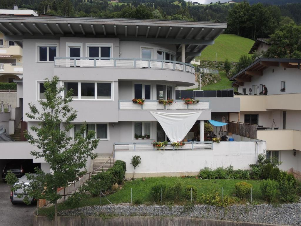 Haus Max Apartment Hart Im Zillertal