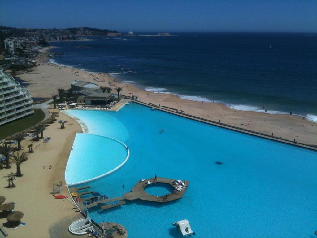 San Alfonso Del Mar Resort >> Apartamento San Alfonso Del Mar Crucero Apartment Algarrobo