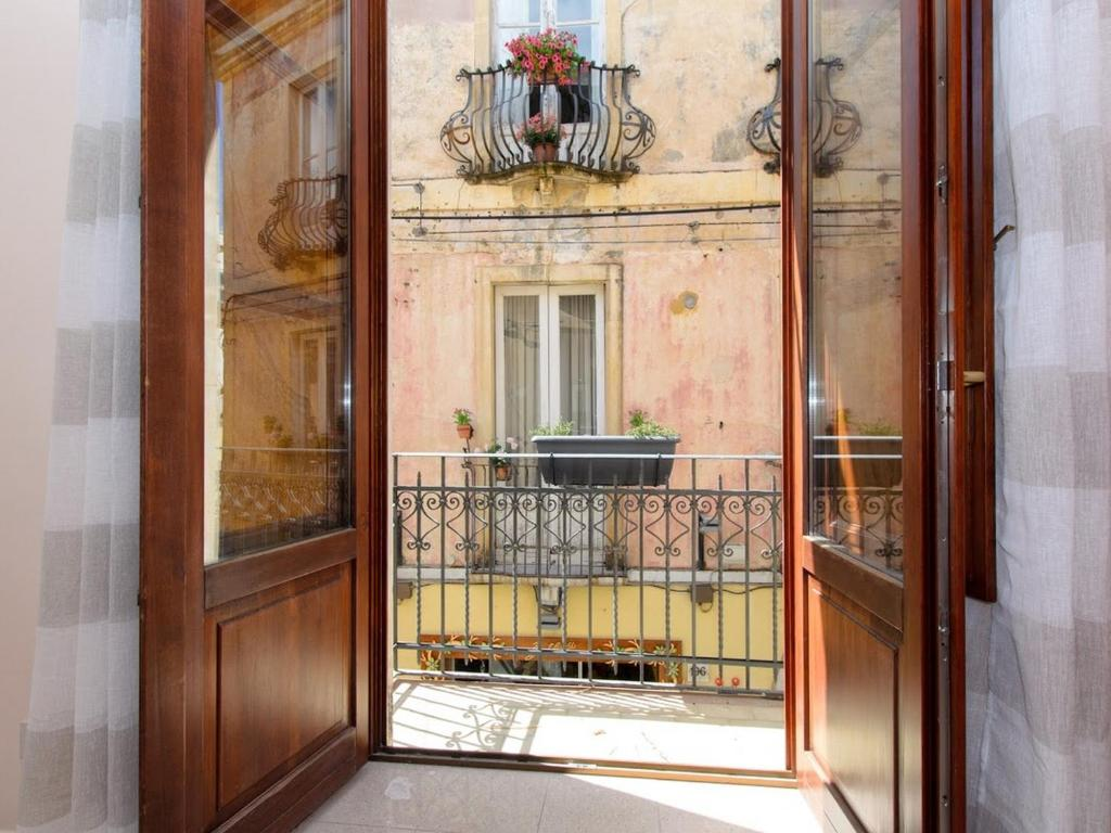 Salotto 123 Taormina.Casa Vico Romano 2 Appartamento Taormina