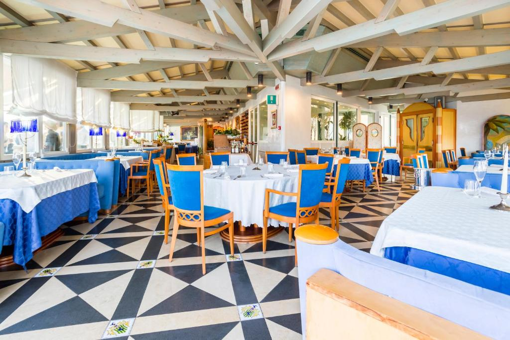 Grand hotel ortigia siracusa prenotazione on line for Siracusa hotels ortigia