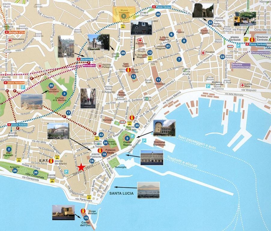 Cartina Napoli Centro Storico.Monolocale Fronte Strada Napoli Centro Storico Casa Vacanze Napoli