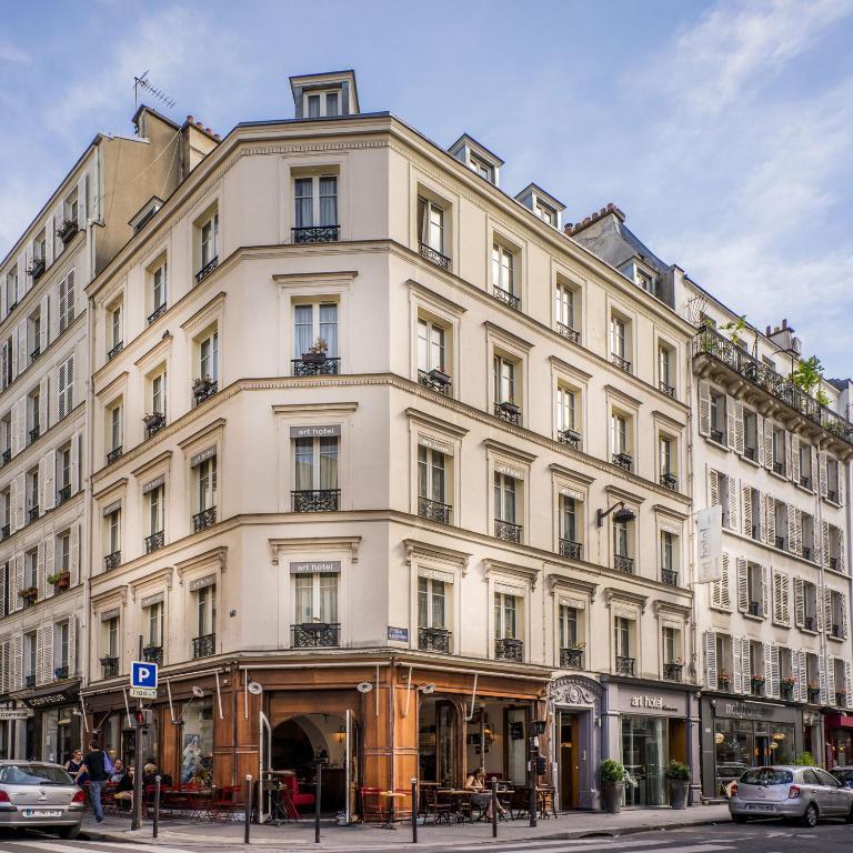 Hotel Rue Legendre