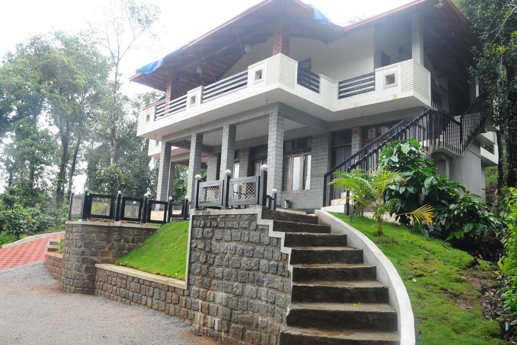 La Flora Jungle Hill Resort Coorg In Mari India From 52 Planet Of Hotels