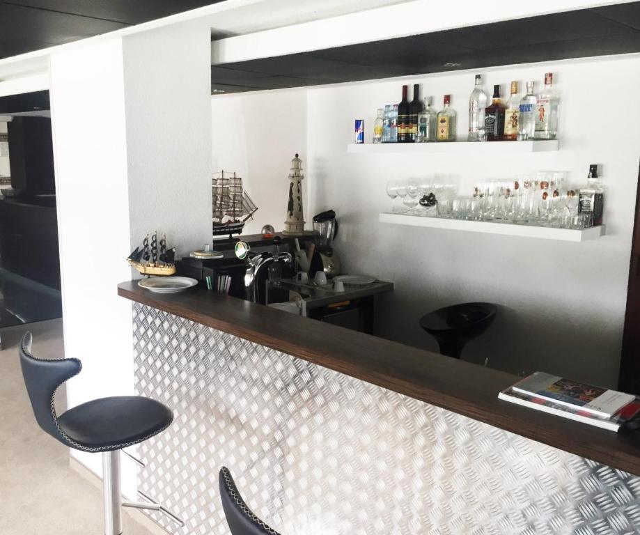 Botel gracia bratislava viamichelin informatie en for Hotel design 21 bratislava